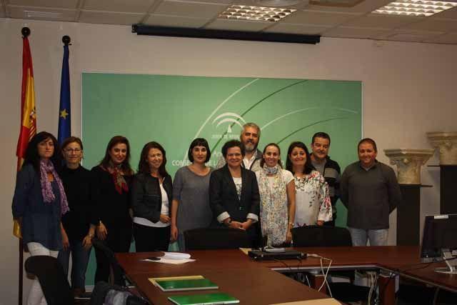 La Junta pone en marcha un programa pionero en España de atención psicológica a víctimas de violencia menores de edad