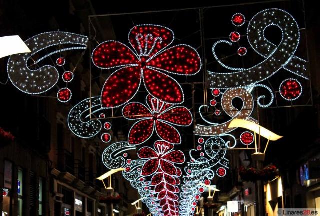 Luces navideñas en el Pasaje del comercio de Linares