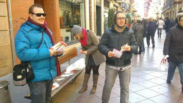 Campaña informativa de Juventudes Socialistas de Linares