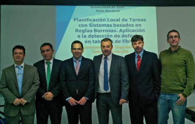 Investigadores de la EPS de Linares optimizan la detección de defectos en tableros de fibra