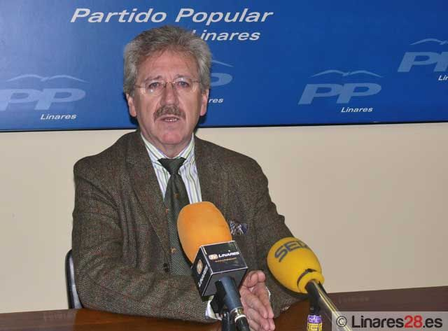 """Antonio Martínez: """"Frente al desempleo tendemos la mano y pedimos la unión de todas las fuerzas políticas"""""""