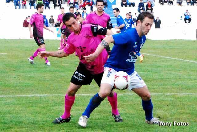 El Linares Deportivo sale de los puestos de Play-Off