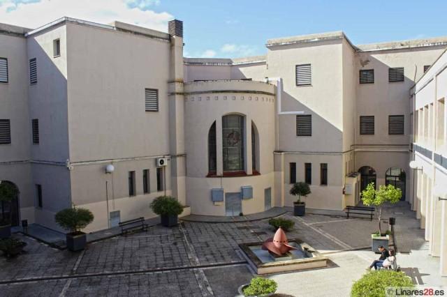 Patio del Edificio A de la EPSL