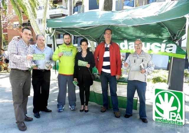 Campaña de información del PA de Linares en el Paseo de Linarejos