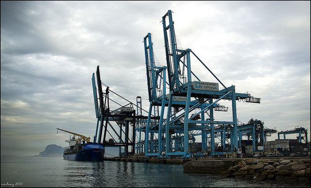 Presentación del Puerto Bahía de Algeciras al empresariado linarense