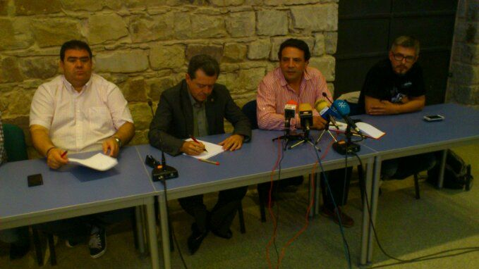 En estos momentos, alcalde y sindicatos informan de la situación del Plan Linares Futuro