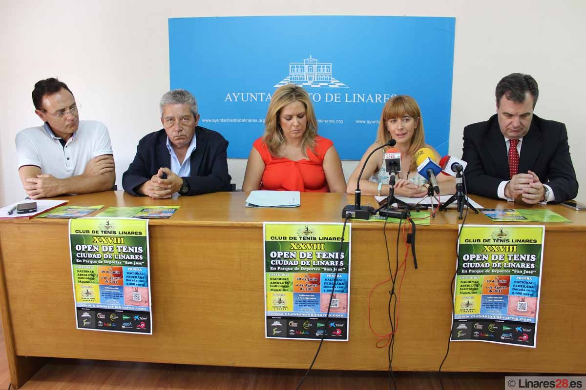 """Todo preparado para el XXVIII Open de Tenis """"Ciudad de Linares"""""""