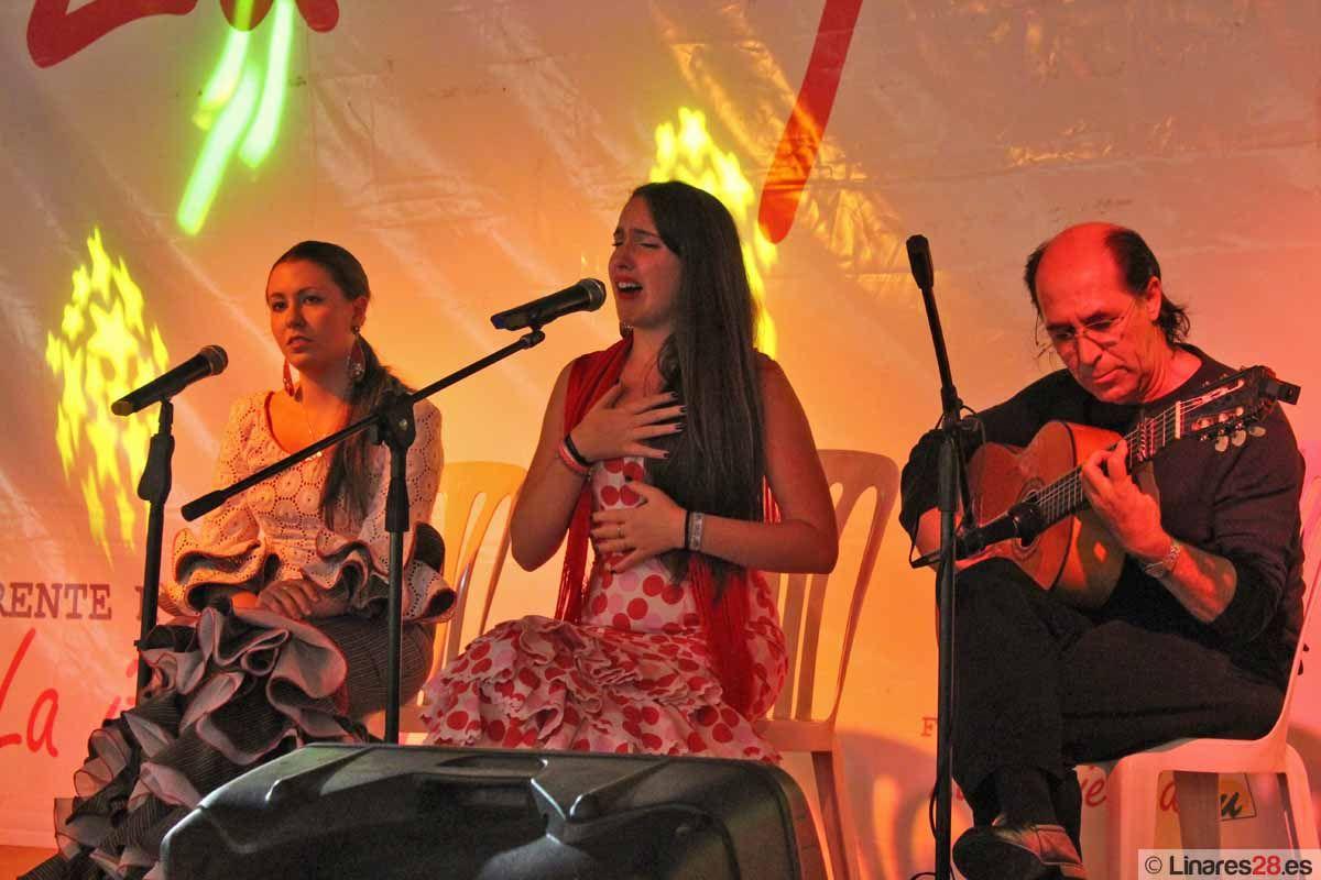Los artistas flamencos linarenses triunfan en la Feria