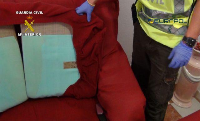 Una detención en la A-4 en Linares parte de la desarticulación de una organización internacional