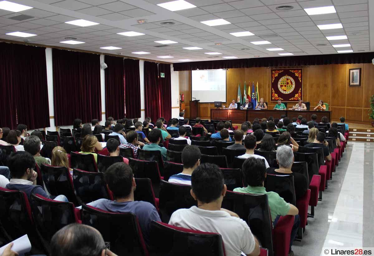 Recepción de estudiantes de nuevo ingreso en la EPSL
