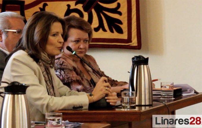 Ana Cobo deja de ser concejala en el Ayuntamiento de Linares