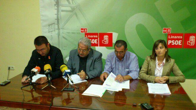 En estos momentos rueda de prensa del PSOE