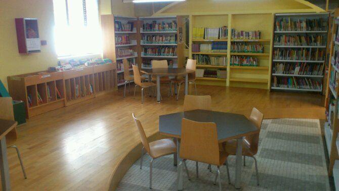 En estos momentos presentación de la nueva aula infantil de la Biblioteca Municipal