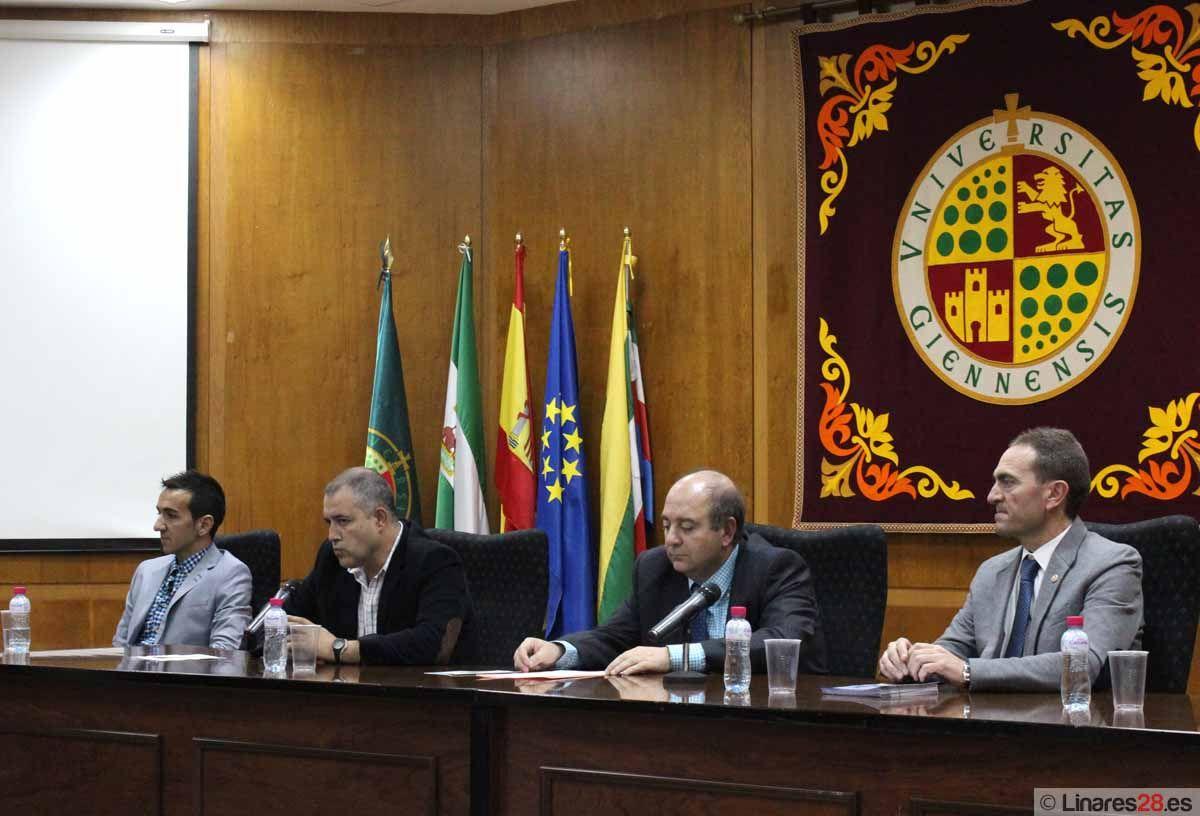 El Colegiado Pérez Montero imparte una Conferencia en la EPSL