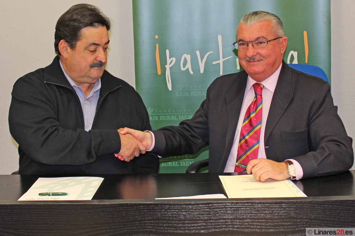 La Asociación Micológica LACTARIUS firma un convenio de colaboración con la Fundación Caja Rural