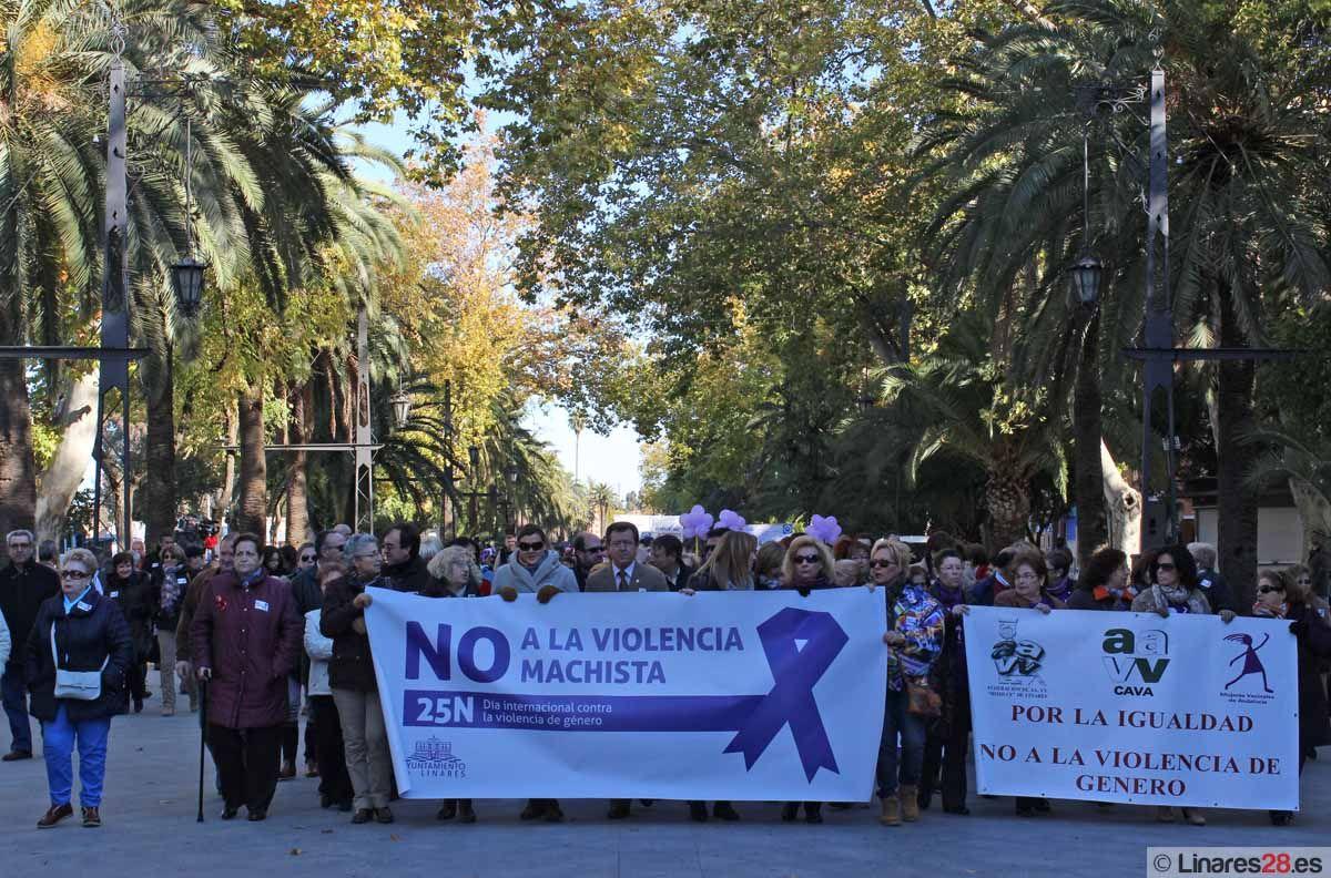 Linares clama contra la Violencia de Género