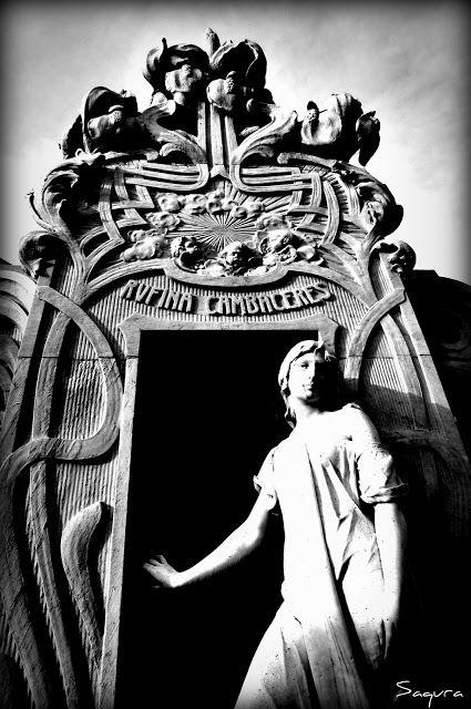 CEMENTERIO DE LA RECOLETA (BUENOS AIRES). La ciudad de los ángeles.