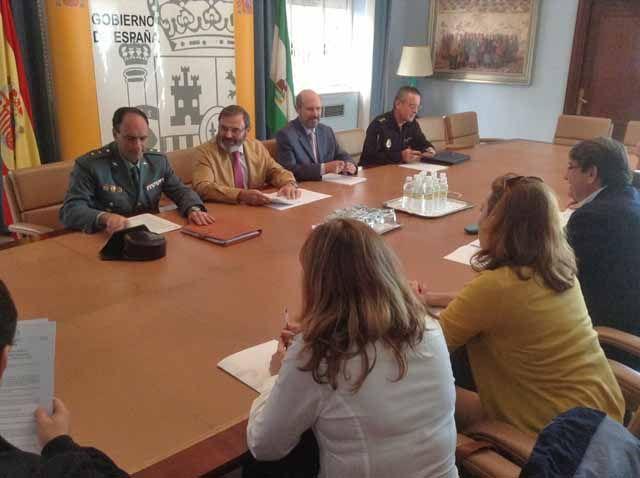Reunión para ultimar el dispositivo de seguridad y control laboral de la campaña de aceituna