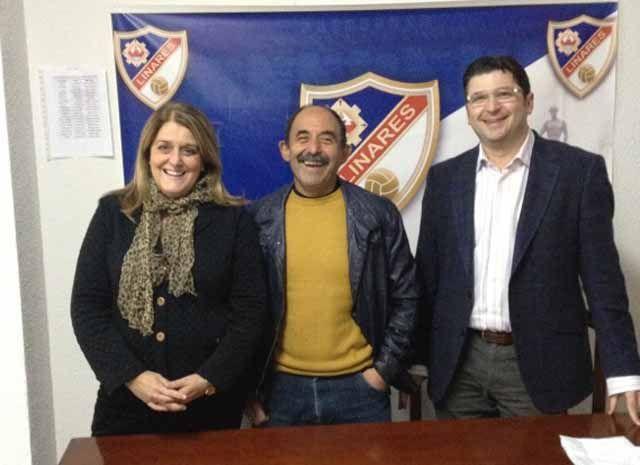El Partido Popular se compromete con  el Linares Deportivo para exigir con   urgencia la remodelación de Linarejos