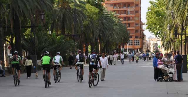 El PA exige que se respeten las normas de circulación en el casco urbano de la ciudad de Linares