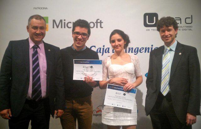 Premiados junto con el Subdirector de las Titulaciones de Telecomunicación y el Director de la EPS de Lianres
