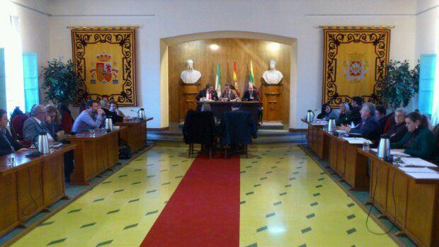 En estos momentos,  comienza el Pleno Extraordinario en la Estación de Madrid