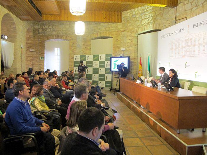 Diputación planifica la estrategia de promoción turística de la provincia de la mano de los empresarios del sector