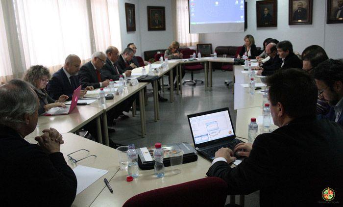 El Consejo Social de la UJA aprueba en Linares nuevos títulos de máster para el curso 2014-2015