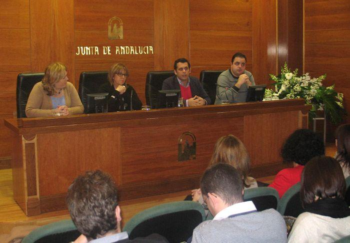 El IAJ financia el desarrollo de proyectos en Linares