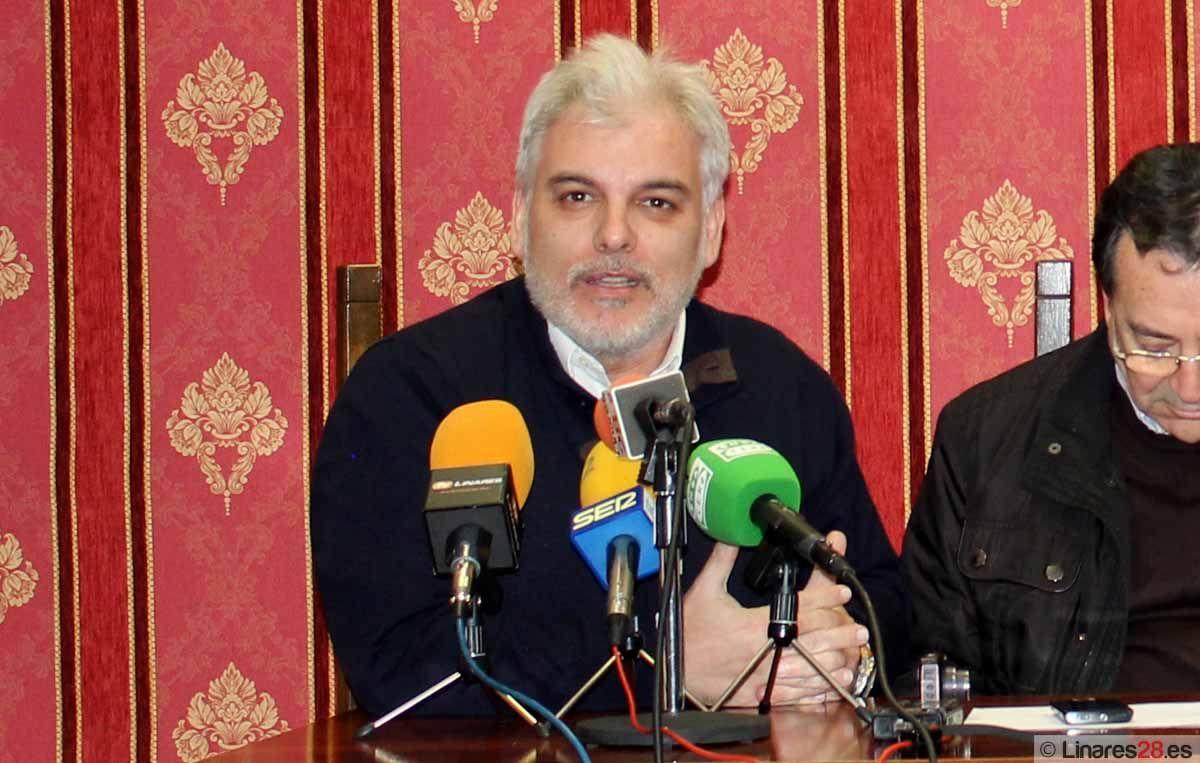Alberto Jaime Martínez Pulido presentado como Pregonero de la Semana Santa de Linares de 2014