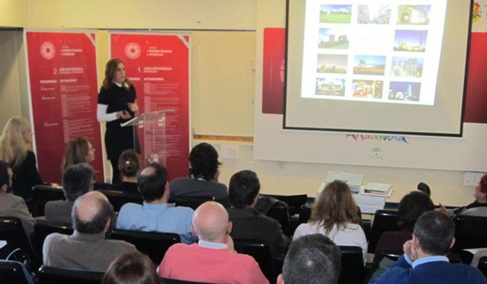 Linares presenta su estrategia de Turismo Accesible en Almería