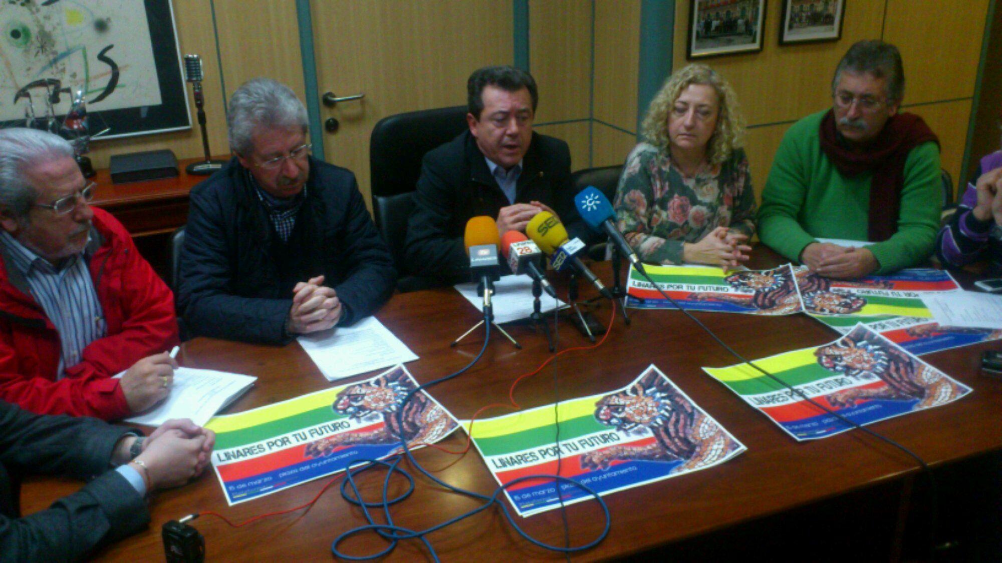 En estos momentos presentación movilización 15 de marzo en Linares