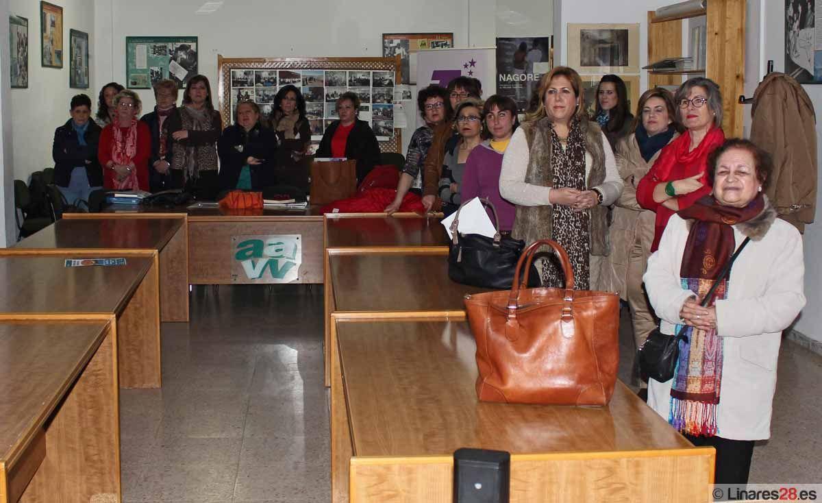 Una jornada aborda en Linares la problemática de la violencia contra las mujeres en el mundo de las drogas