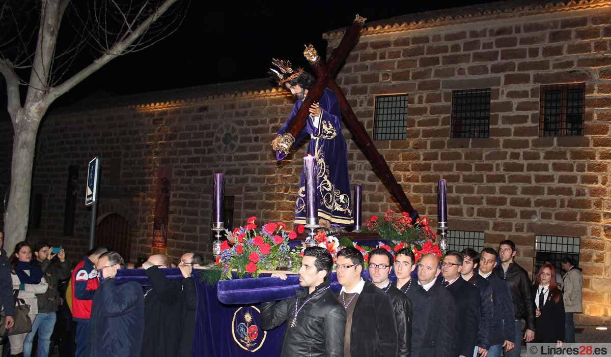Linares vive su Via Crucis del Miércoles de Ceniza