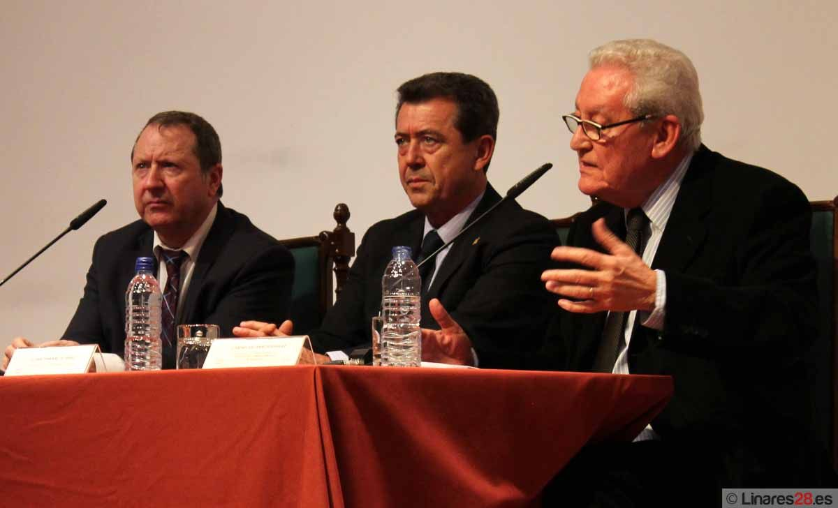 El Pósito alberga una conferencia sobre la Constitución Territorial de España
