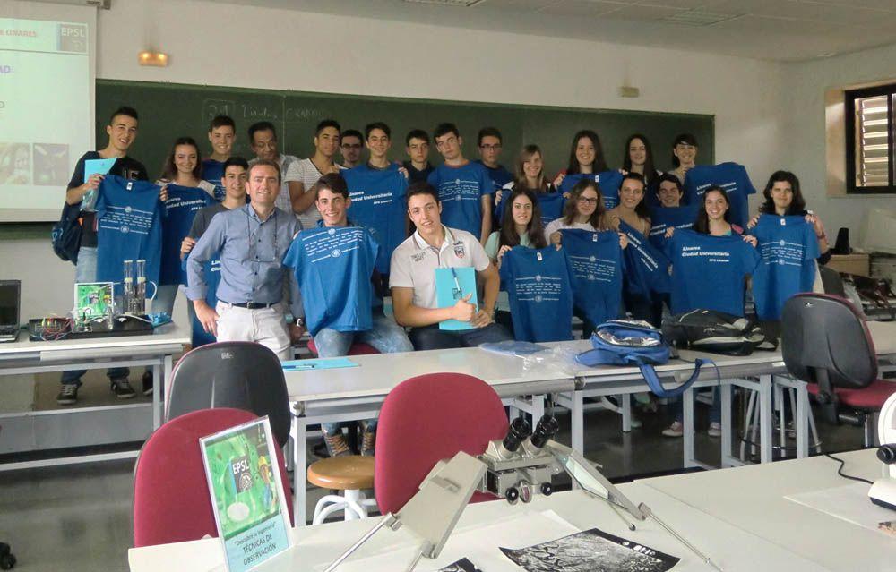 Un treintena de estudiantes del IES Ábula de Vilches participa en talleres de Ingeniería organizados por la EPS de Linares