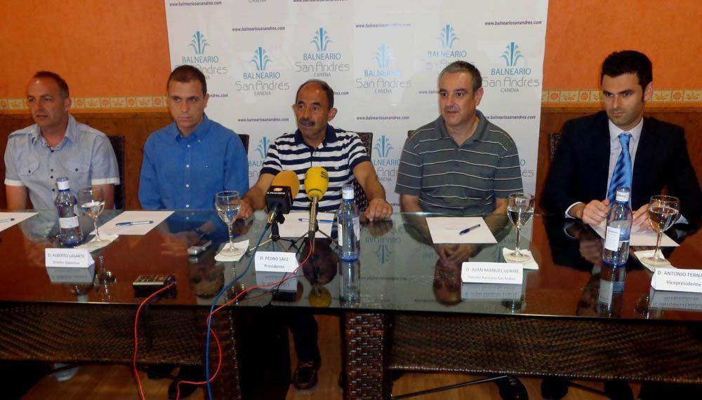 Presentado Alberto Lasarte como director deportivo del Linares Deportivo