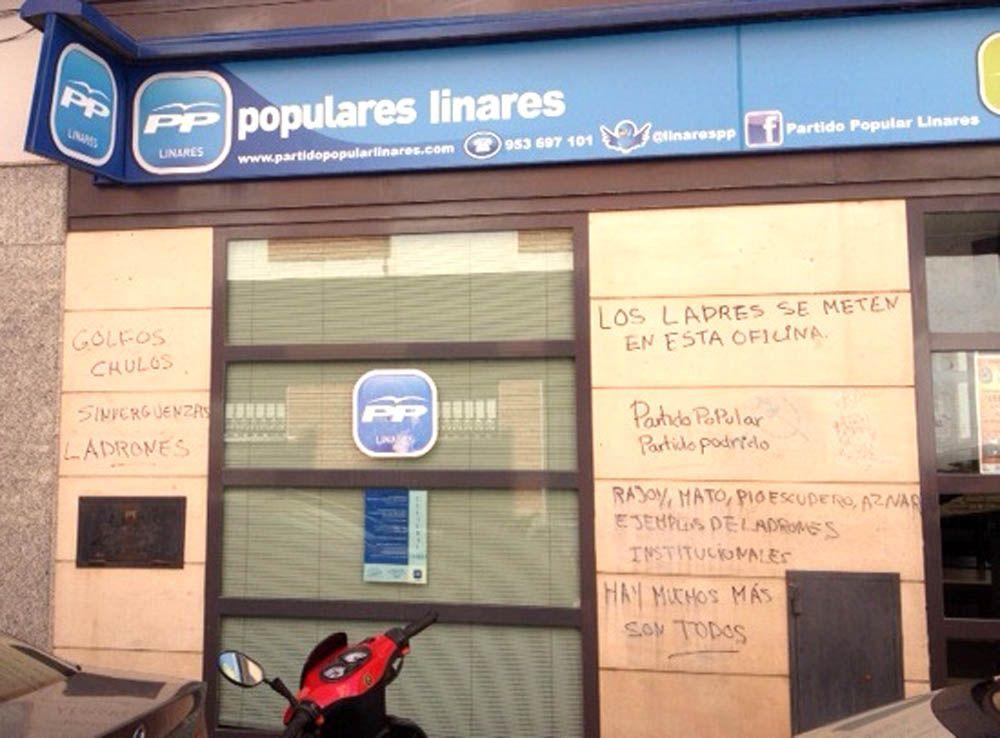 El Partido Popular de Linares lamenta los actos vandálicos en la fachada de su sede