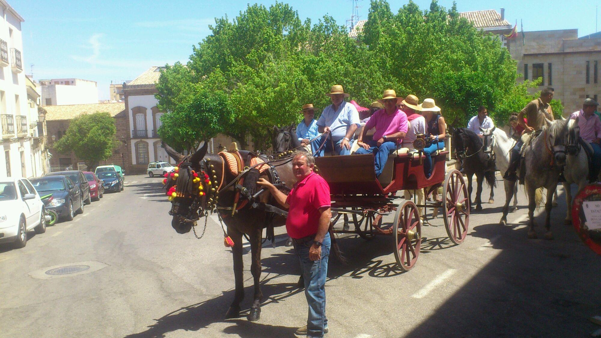 En estos momentos procesión de  San Isidro en la calle