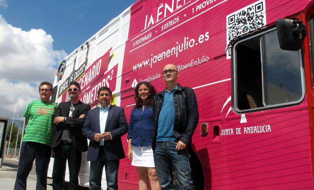 Un autobús promocionará la oferta cultural de 'Jaén en julio' por unas cuarenta ciudades andaluzas y jiennenses