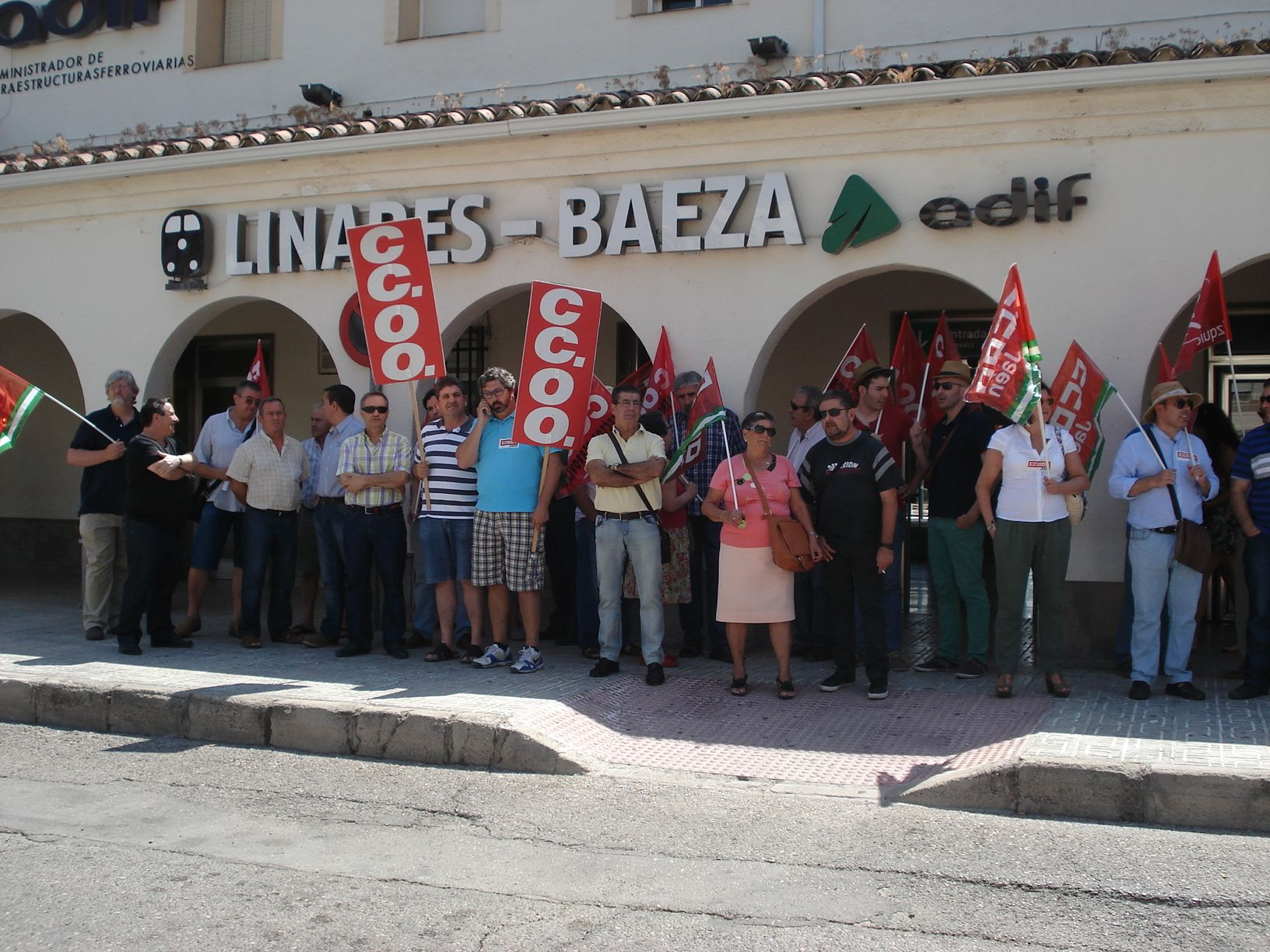 El 70% de la platilla de Adif en Jaén secunda la huelga