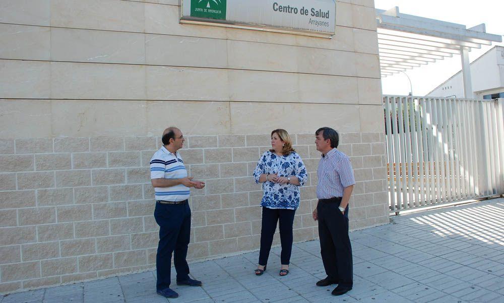 Mejoras en la fachada del Centro de Salud de Arrayanes