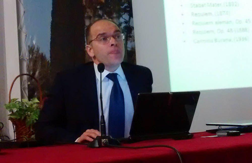Ángel Luis Pérez Garrido impartió una conferencia en la Fundación