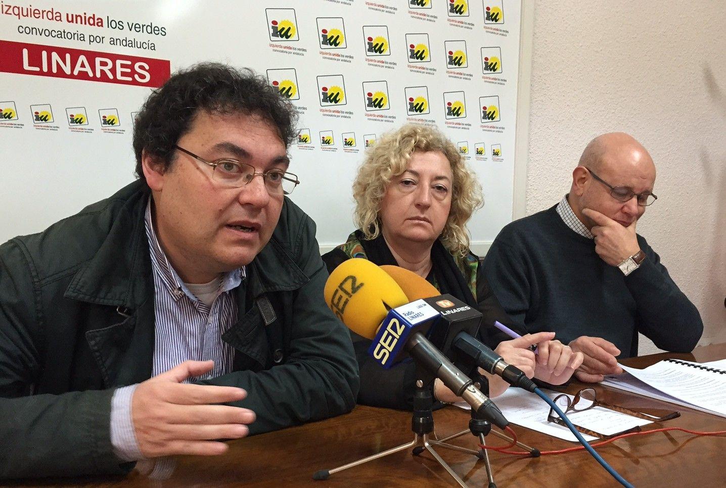IU aboga por recuperar los servicios públicos para garantizar su calidad y los derechos de los trabajadores
