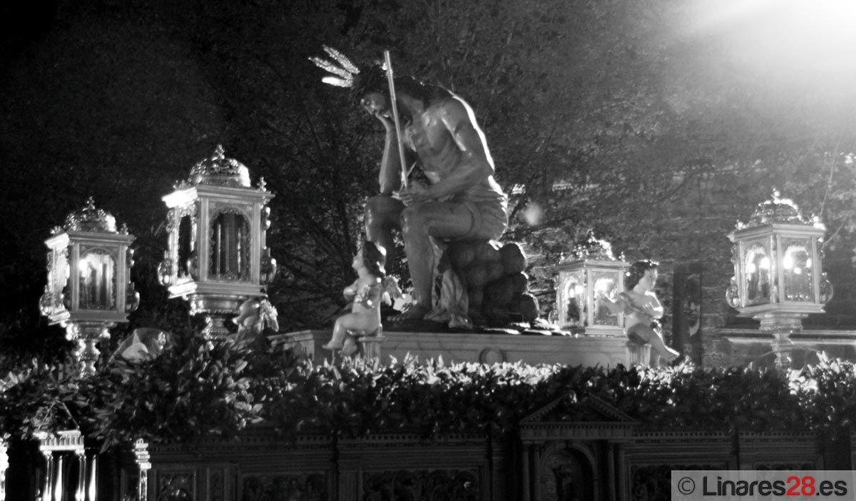 La Vera Cruz impregna de silencio las calles de la ciudad