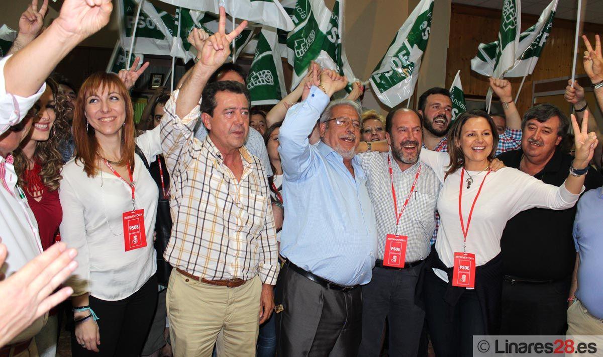 Euforia en la sede del PSOE de Linares