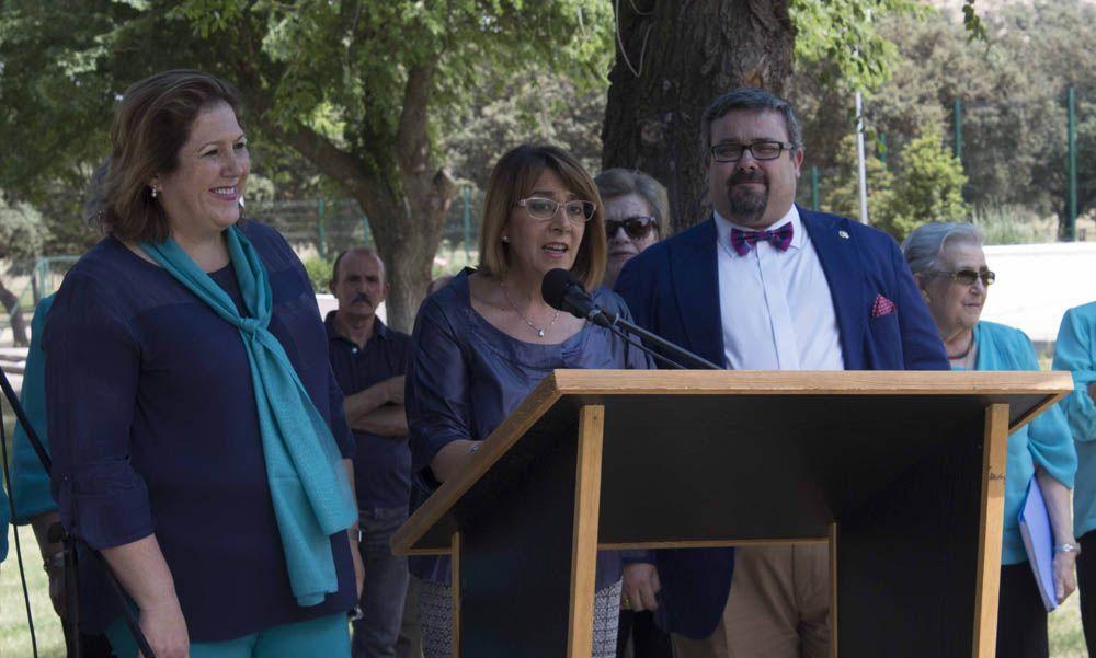 Más de 500 personas mayores participan en Linares en el segundo encuentro de coros y rondallas en