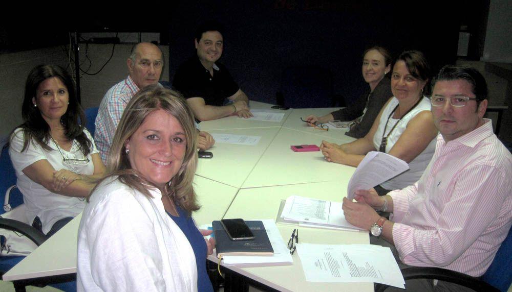 Los concejales electos del Partido Popular de Linares mantienen una reunión de planificación y coordinación del grupo