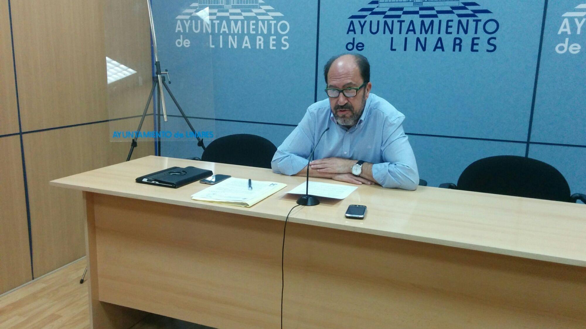 En estos momentos rueda de prensa de Joaquín Gómez