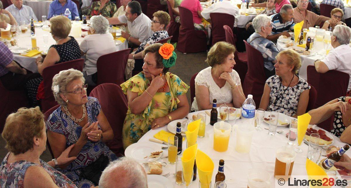 760 personas mayores disfrutan de la Feria en la Caseta Municipal
